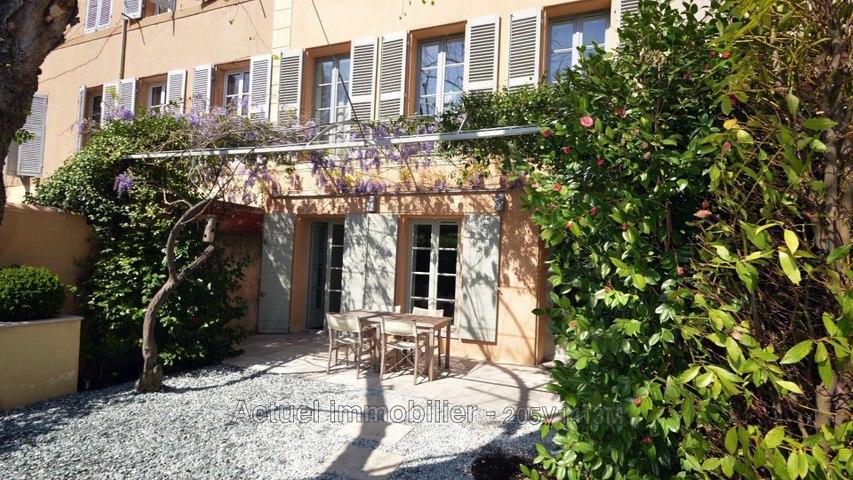VENTE hôtel particulier au centre d'Aix-en-Provence - 288 m² sur jardin de 360 m²