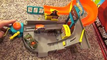 Hot Wheels Stunt Street City Playset with Launching Pizza Toy Review-s
