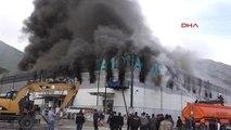 Tokat'ta Depo Yangını Korkuttu