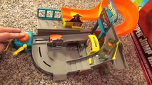 Hot Wheels Stunt Street City Playset with Launching Pizza Toy Review-sfUU0vds