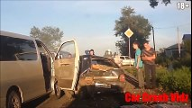 MOST AMAZING CRASHES EVER! DUMB DRIVING FAILS AND COLLISIONS
