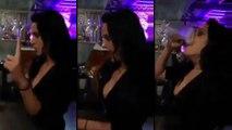 Cette femme descent une bière plus vite qu'un homme