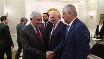 Başbakan Yıldırım, AK Parti Silivri ve Çatalca Ilçe Başkanları Ile 8 Köy Muhtarını Kabul Etti