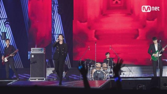 KCON 2017 JAPAN×M COUNTDOWN  씨엔블루 (CNBLUE) _ INTRO+헷갈리게 (Between Us)