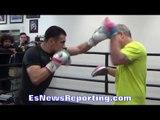 Frankie Gomez VICIOUS mitt work with Freddie Roach - EsNews Boxing