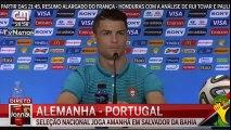 Cristiano Ronaldo Brinca com Reporter Brasileira  Mundial Brasil 2014