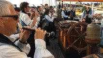 Semaine du Golfe: le Bagad de Vannes fait son show