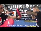 Ivan Delgado SHOWS OFF QUICK HANDS in RAPID PAD WORK - EsNews Boxing