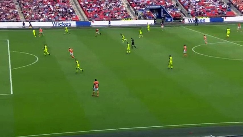 Cullen GOAL (2:1) Blackpool vs Exeter City