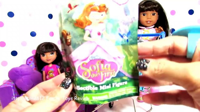 SURPRISE TOYS IN WALMART SHOPPING CART with wDoll Ashlyn _ itsplaytime61