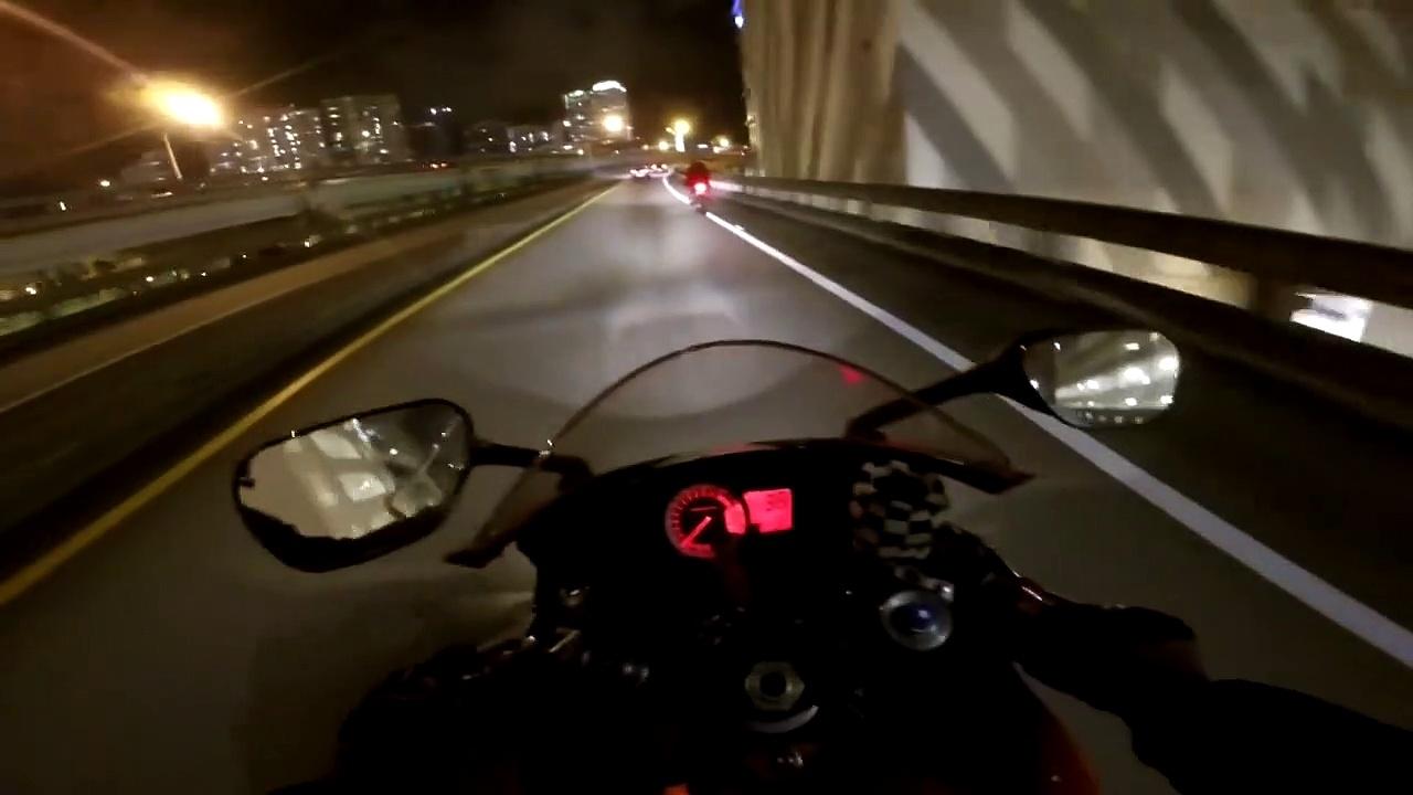 MOTORCYCLE V