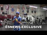 Vasyl Lomachenko Special Drills For Eye–hand coordination - EsNews Boxing