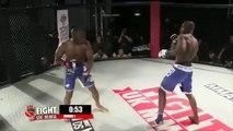 Un arbitre de MMA finit par se battre avec un boxeur !