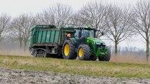 Spreading chicken manure   John Deere 8360R & Tebbe HS240 spreader on tracks