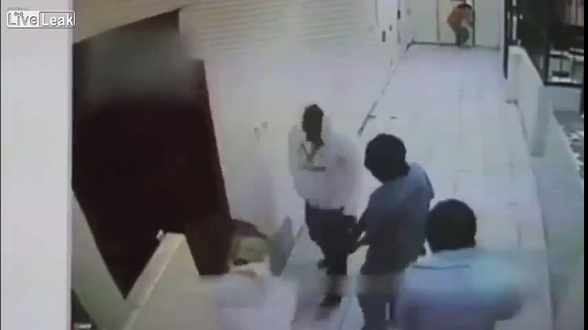 LiveLeak - Cold blooded murder in a Mexican prison