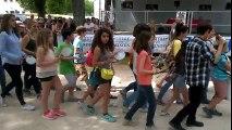 Semur-en-Auxois : le défilé avant la Course de la Bague