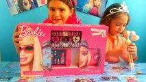 Barbie JET SET MAKEUP CASE! Lip BALM LIP Gloss Palette! Paint Press On Nails with Barbie P