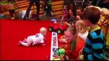 Lituanie : le 1er pays à organiser une course de bébés qui rampent