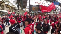 De Toulon à Paris, les chants des supporters Toulonnais vers le Stade de France