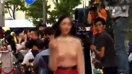驚呆!韓女星李聖經紅毯似全裸 透視露肉色內衣