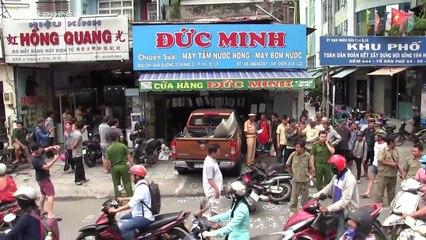 Ôtô tông hàng loạt xe ở Sài Gòn, 3 người nhập viện