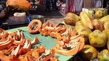 Who eats papaya !!  who eats papaya !!  it is papaya fruit
