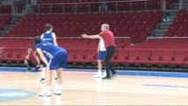 A Milli Kadın Basketbol Takımı, Hazırlıklarını Sürdürüyor