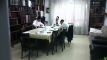 44.Mir Rosh Hayeshiva learning with talmidim during bein hazmanim