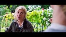 """Bande-annonce de """"Embrasse-Moi !"""" : Michèle Laroque dans une comédie sur l'amour lesbien"""