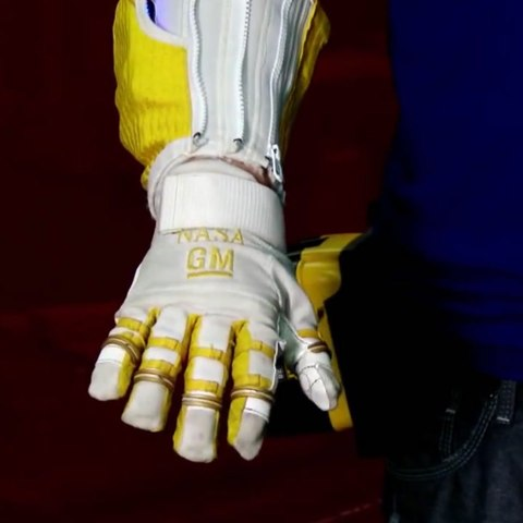 This roboglove gives you super-strength [Mic Archives]