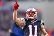 Julian Edelman signs extension with New England Patriots