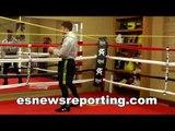 Boxing Superstar canelo alvarez in the ring gets ready for kirkland - esnews