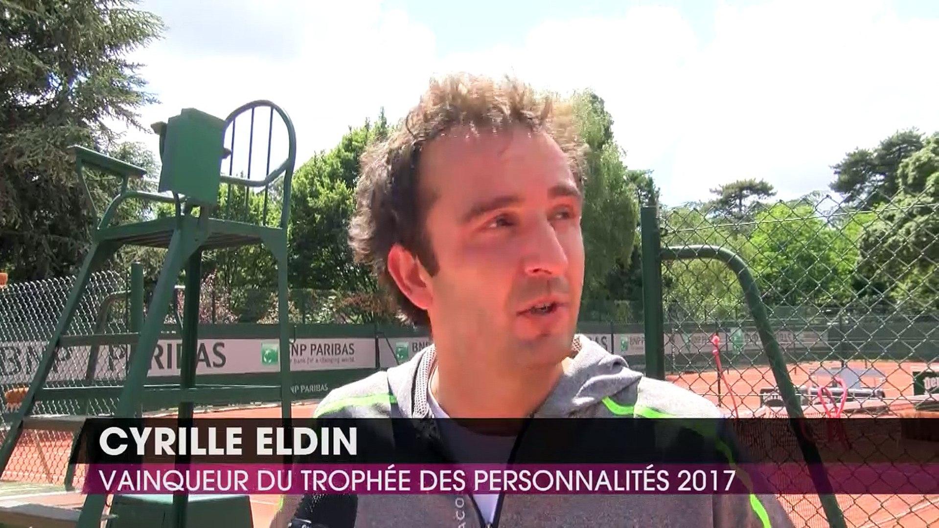 Roland-Garros 2017 : Cyrille Eldin rafle la victoire au Trophée des Personnalités (EXCLU VIDÉO)