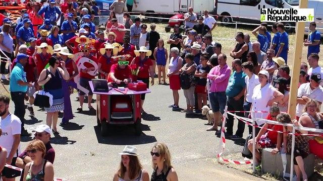VIDEO. A Thouars, le succès fou des tracteurs-tondeuses
