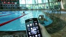 Blackview BV7000 Pro: pruebas de resistencia al agua en la piscina