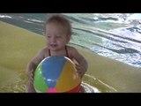 Piscine : les bébés peuvent-ils être acceptés à la piscine en dehors du cadre des bébés nageurs ?