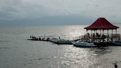 Danau Ranau Nan Megah
