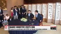 Korea's finance minister visits Bank of Korea upon confirmation