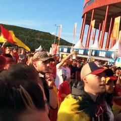 SPOTTED! En plus des fans des Belgian Red Devils, il y a aussi un clan de bons Highlanders!