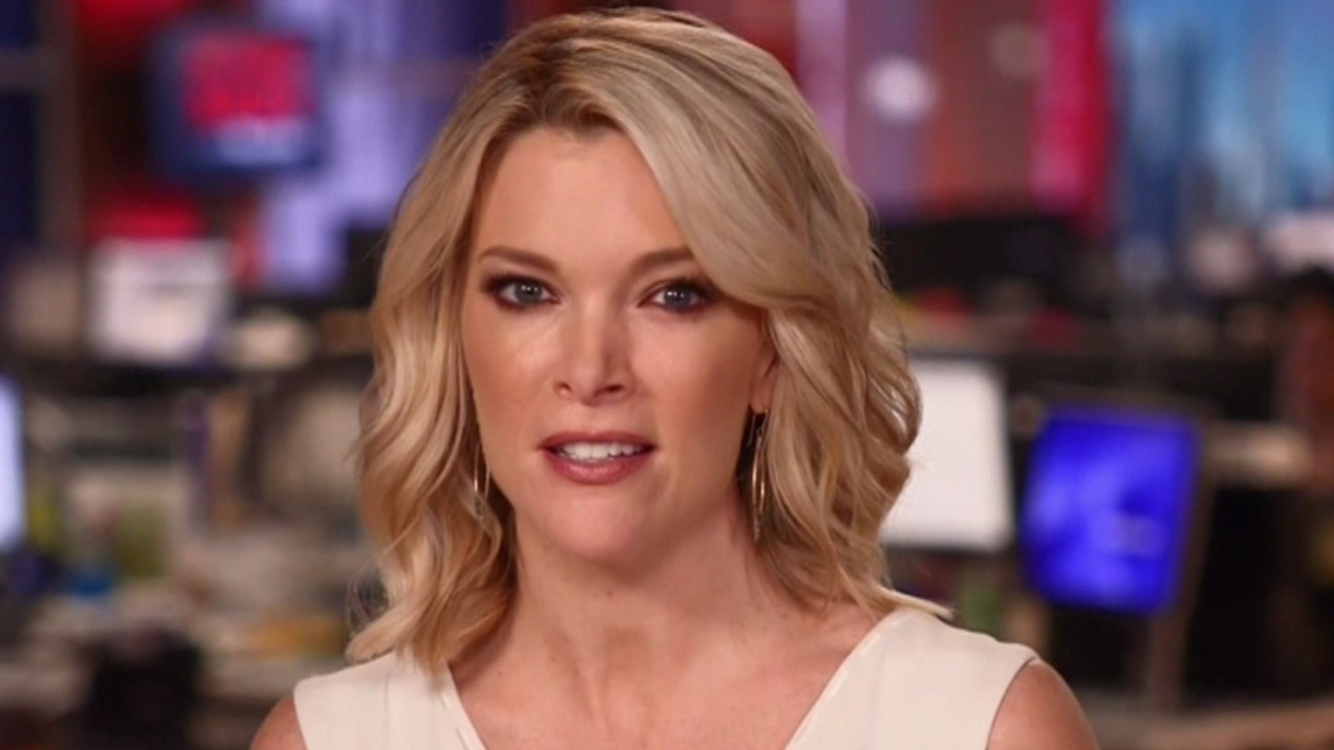 NBC En Crisis Por Entrevista De Megyn Kelly / Alex Jones