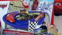 Des voitures course course coureurs voie express cascade piste piste 2 double decker acr jouet course autoroute