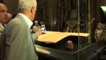 Istanbul: les musulmans viennent voir le manteau du prophète