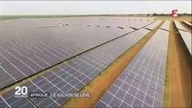 Sénégal  - la plus grande centrale solaire d'Afrique de l'Ouest-UqFAV4V