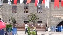 Diyarbakır, Başbakan Yıldırım'ı Bekliyor