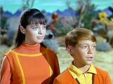 Lost In Space S02 E5  Space Circus