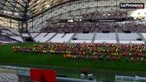 Les enfants marseillais se réunissent pour la fête des écoles publiques au Vélodrome