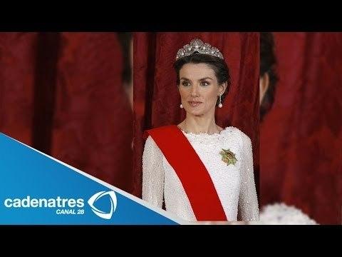 Letizia Ortiz, la plebeya que llegará a ser reina / Letizia Ortiz, a commoner queen