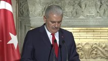 """Başbakan Yıldırım: """"Kıbrıs Konusunun Türkiye Için de Yunanistan Için de Çözülmesi Gereken Bir..."""