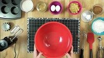 Black Mirror _ Netflix Kitchen - Playtest Cupcakes _ Netflix-RO-SL_1bp00