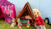 Et captures feu gelé fille enfants sur partie avec Disney scout camping elsa barbie 2